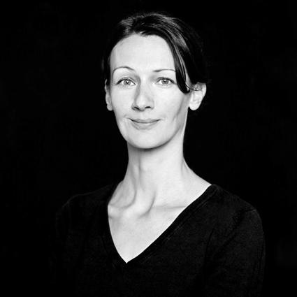 Silvia Portrait sw Dez 2014